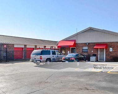 Storage Units for Rent available at 4811 Central Avenue Pike, Knoxville, TN 37912 Photo Gallery 1