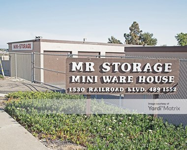 Storage Units for Rent available at 1530 Railroad Street, Oceano, CA 93445 Photo Gallery 1