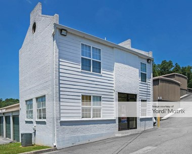 Storage Units for Rent available at 520 Gadsden Hwy, Birmingham, AL 35235 Photo Gallery 1