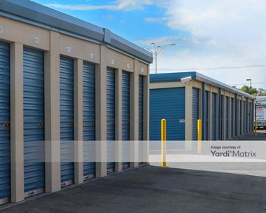 Storage Units for Rent available at 1823 East 53rd Street, Anderson, IN 46013 Photo Gallery 1