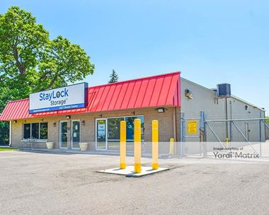 Storage Units for Rent available at 3609 West 8th Street, Muncie, IN 47302 Photo Gallery 1