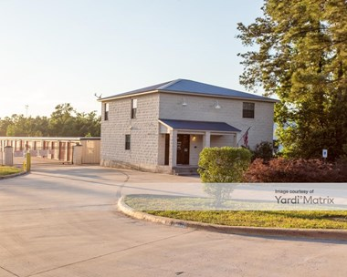 Storage Units for Rent available at 4215 North Frazier Street, Conroe, TX 77303 Photo Gallery 1