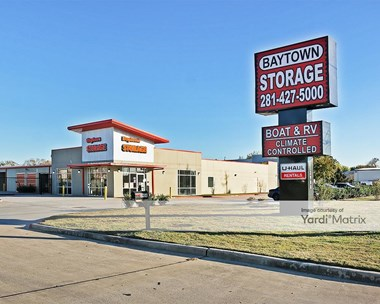 Storage Units for Rent available at 3908 Garth Road, Baytown, TX 77521 Photo Gallery 1