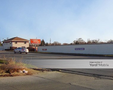 Storage Units for Rent available at 945 North Farnsworth Avenue, Aurora, IL 60505 Photo Gallery 1