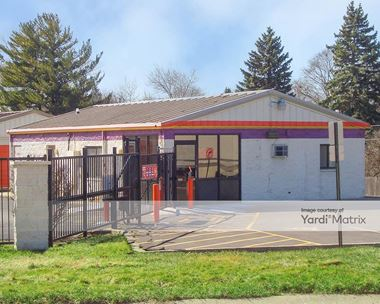 Storage Units for Rent available at 1040 East State Street, Geneva, IL 60134 Photo Gallery 1