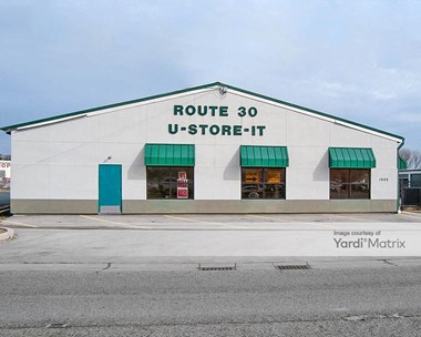Storage Units for Rent available at 1906 Plainfield Road, Crest Hill, IL 60403 Photo Gallery 1
