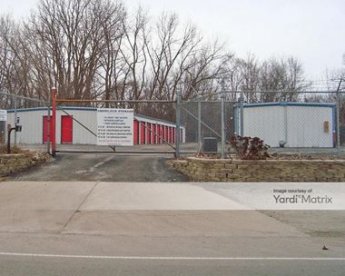 Storage Units for Rent available at 1101 East Washington Street, Joliet, IL 60433 Photo Gallery 1