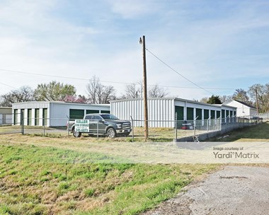 Storage Units for Rent available at 13925 East Highway 20, Claremore, OK 74017 Photo Gallery 1
