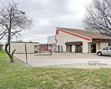 Storage Units for Rent available at 9420 East 71St Street, Tulsa, OK 74133 Photo Gallery 1