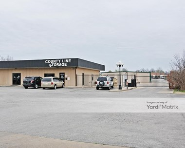 Storage Units for Rent available at 4103 South 193Rd East Avenue, Broken Arrow, OK 74014 Photo Gallery 1