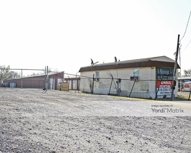 Storage Units for Rent available at 1511 North 9Th Street, Sapulpa, OK 74066 Photo Gallery 1