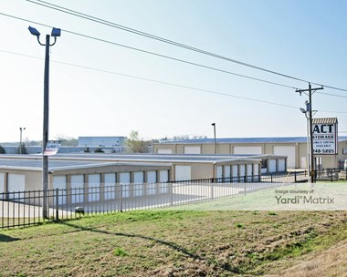 Storage Units for Rent available at 7499 State Highway 66, Tulsa, OK 74131 Photo Gallery 1