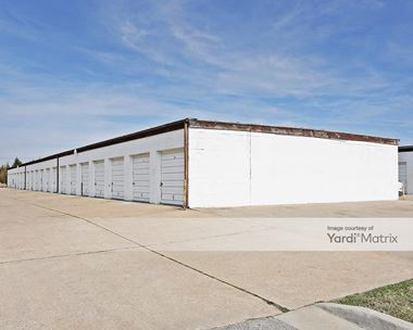 Storage Units for Rent available at 6998 South 145th East Avenue, Broken Arrow, OK 74012 Photo Gallery 1