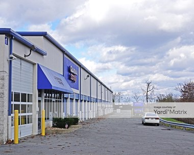 Storage Units for Rent available at 922 Brush Creek Road, Warrendale, PA 15086 Photo Gallery 1
