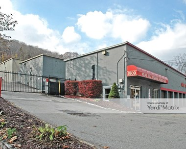 Storage Units for Rent available at 1909 Babcock Blvd, Pittsburgh, PA 15209 Photo Gallery 1