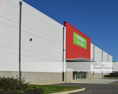 Storage Units for Rent available at 3200 Park Manor Blvd, Pittsburgh, PA 15205 Photo Gallery 1