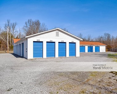 Storage Units for Rent available at 2107 Oliver Springs Hwy, Clinton, TN 37716 Photo Gallery 1