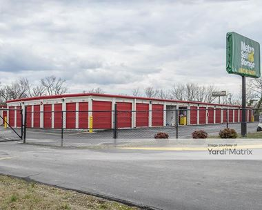 Storage Units for Rent available at 142 Airport Plaza Blvd, Alcoa, TN 37701 Photo Gallery 1