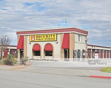 Storage Units for Rent available at 271 Sun Way, Salinas, CA 93901 Photo Gallery 1