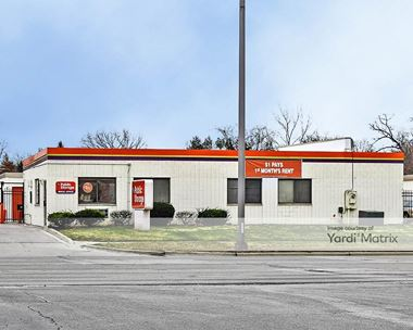 Storage Units for Rent available at 1010 East Ogden Avenue, Naperville, IL 60563 Photo Gallery 1