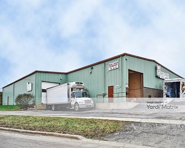 Storage Units for Rent available at 433 Maple Avenue, Downers Grove, IL 60515 Photo Gallery 1