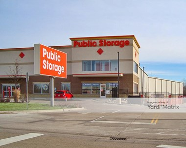 Storage Units for Rent available at 2023 Schmale Road, Glendale Heights, IL 60139 Photo Gallery 1