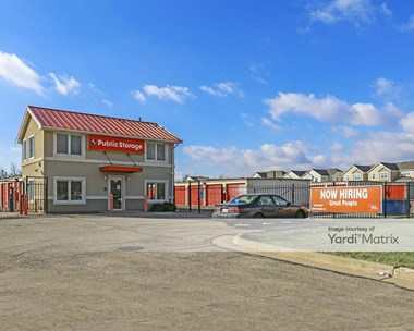 Storage Units for Rent available at 143 East Lake Cook Road, Palatine, IL 60074 Photo Gallery 1