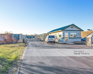 Storage Units for Rent available at 9726 Fran-Lin Pkwy, Munster, IN 46321 Photo Gallery 1
