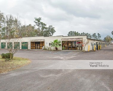 Storage Units for Rent available at 11055 Dorchester Road, Summerville, SC 29485 Photo Gallery 1