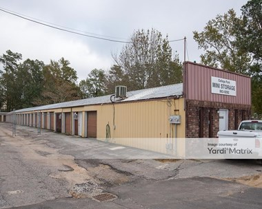 Storage Units for Rent available at 818 College Park Road, Ladson, SC 29456 Photo Gallery 1