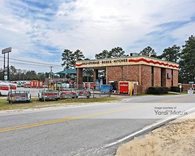 Storage Units for Rent available at 400 Orchard Drive, West Columbia, SC 29170 Photo Gallery 1
