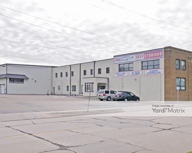 Storage Units for Rent available at 670 Pelham Blvd, Saint Paul, MN 55124 Photo Gallery 1