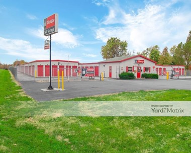 Storage Units for Rent available at 120 Troy Road, Collinsville, IL 62234 Photo Gallery 1