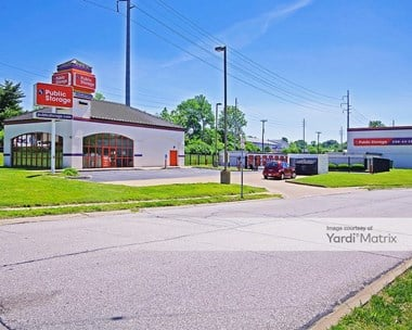 Storage Units for Rent available at 9030 Watson Road, St. Louis, MO 63126 Photo Gallery 1
