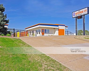 Storage Units for Rent available at 1301 Dunn Road, St. Louis, MO 63138 Photo Gallery 1