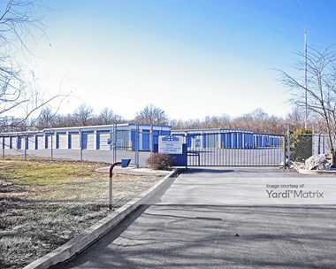 Storage Units for Rent available at 4868 Alby Road, Godfrey, IL 62035 Photo Gallery 1