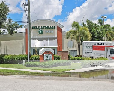 Storage Units for Rent available at 1950 Banks Road, Margate, FL 33063 Photo Gallery 1