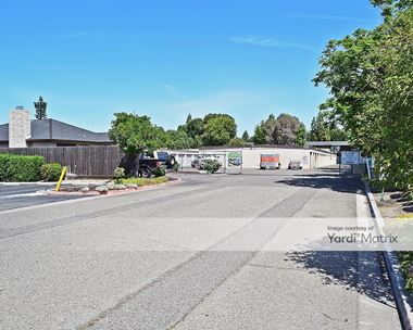 Storage Units for Rent available at 1735 East Yosemite Avenue, Manteca, CA 95336 Photo Gallery 1