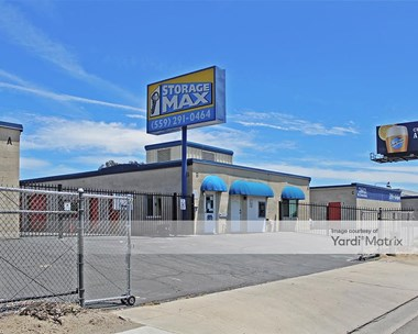 Storage Units for Rent available at 2612 North Clovis Avenue, Fresno, CA 93727 Photo Gallery 1