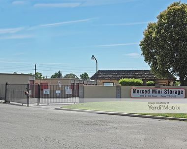 Storage Units for Rent available at 1723 West 16th Street, Merced, CA 95348 Photo Gallery 1