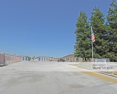 Storage Units for Rent available at 451 F Street, Wasco, CA 93280 Photo Gallery 1