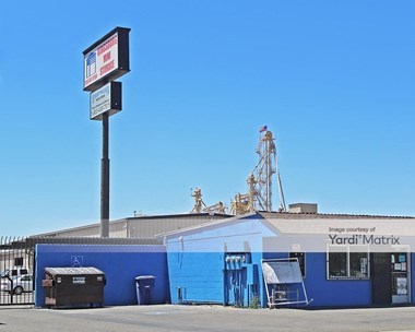 Storage Units for Rent available at 1295 Avenue 396, Kingsburg, CA 93631 Photo Gallery 1