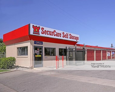 Storage Units for Rent available at 4020 Wible Road, Bakersfield, CA 93309 Photo Gallery 1