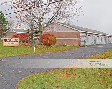 Storage Units for Rent available at 6870 Plaza Drive, Niagara Falls, NY 14304 Photo Gallery 1