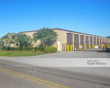 Storage Units for Rent available at 9242 Barringer Foreman Road, Baton Rouge, LA 70817 Photo Gallery 1