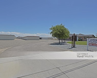 Storage Units for Rent available at 103 Dairy Avenue, Corcoran, CA 93212 Photo Gallery 1
