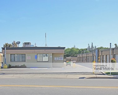 Storage Units for Rent available at 111 30Th Street, Bakersfield, CA 93301 Photo Gallery 1