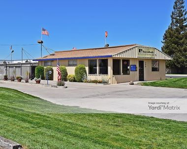 Storage Units for Rent available at 340 Pelandale Avenue, Modesto, CA 95356 Photo Gallery 1