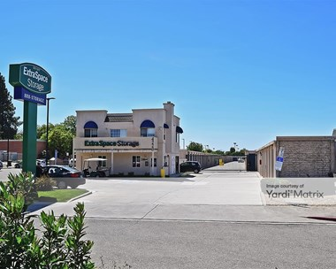Storage Units for Rent available at 4223 Pacific Avenue, Stockton, CA 95207 Photo Gallery 1