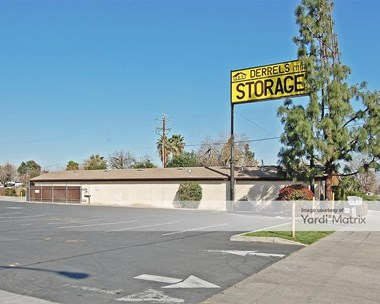 Storage Units for Rent available at 100 East Sierra Avenue, Fresno, CA 93710 Photo Gallery 1